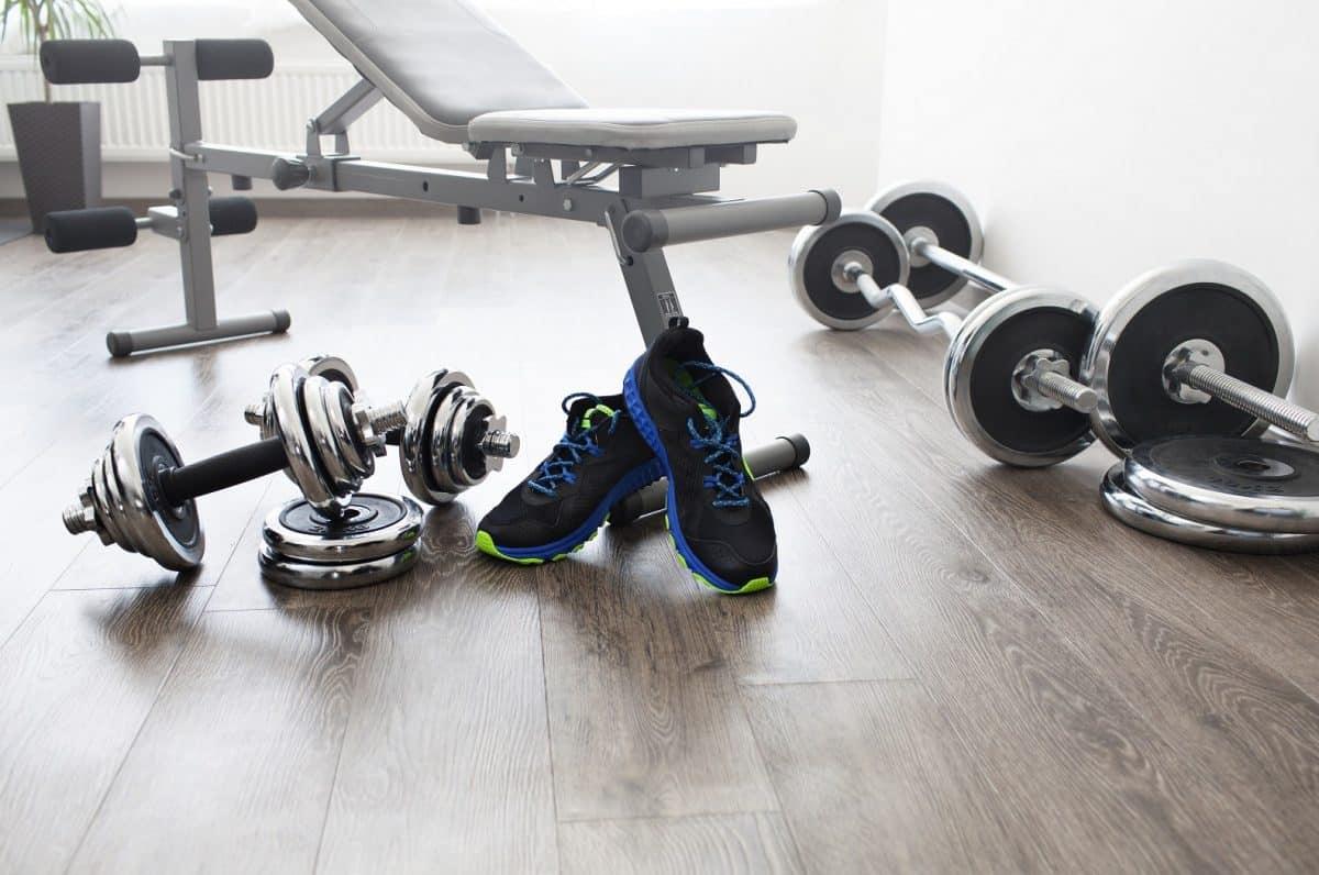 Domowa siłownia – wybór przyrządów do ćwiczeń