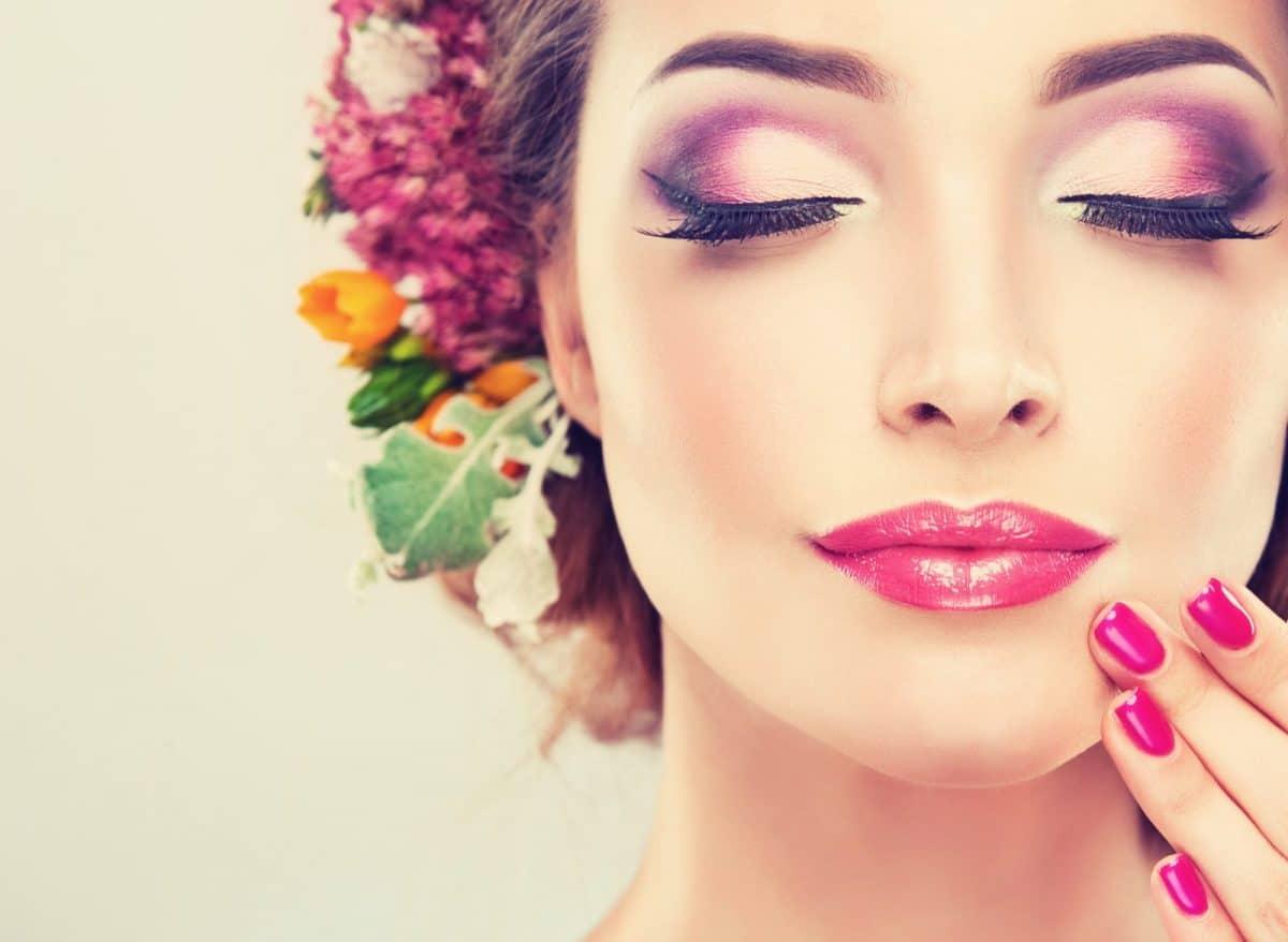 Jak zadbać o cerę? Suplementy diety na piękną skórę