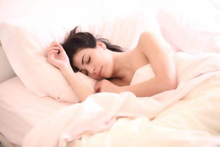 sen, poduszka, kobieta