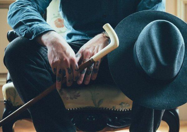 tatuaże na dłoniach, znaczenie tatuażu