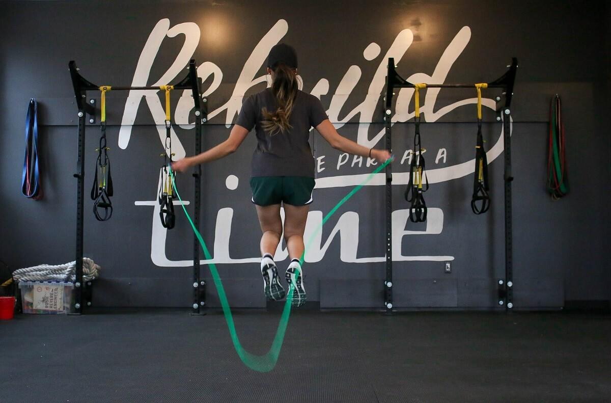Trening ze skakanką – poznaj wszystkie jego zalety