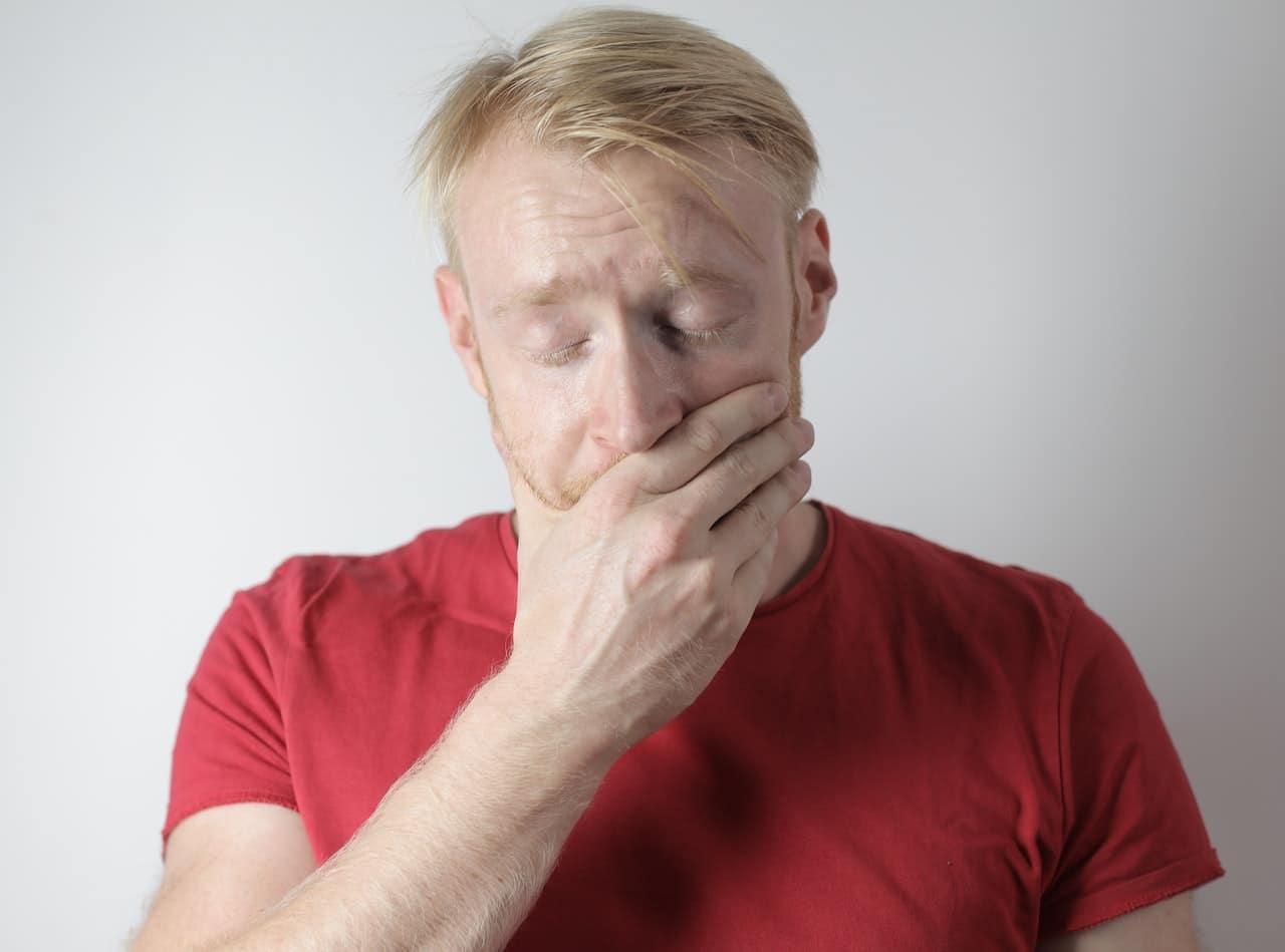 Krostka na języku – skąd się bierz? Poznaj sposoby jak się jej pozbyć