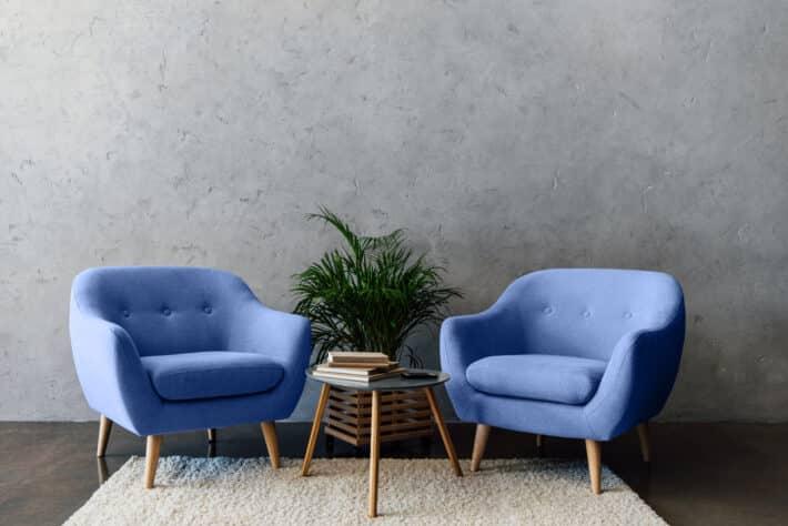 minimalistycznie urządzony pokój