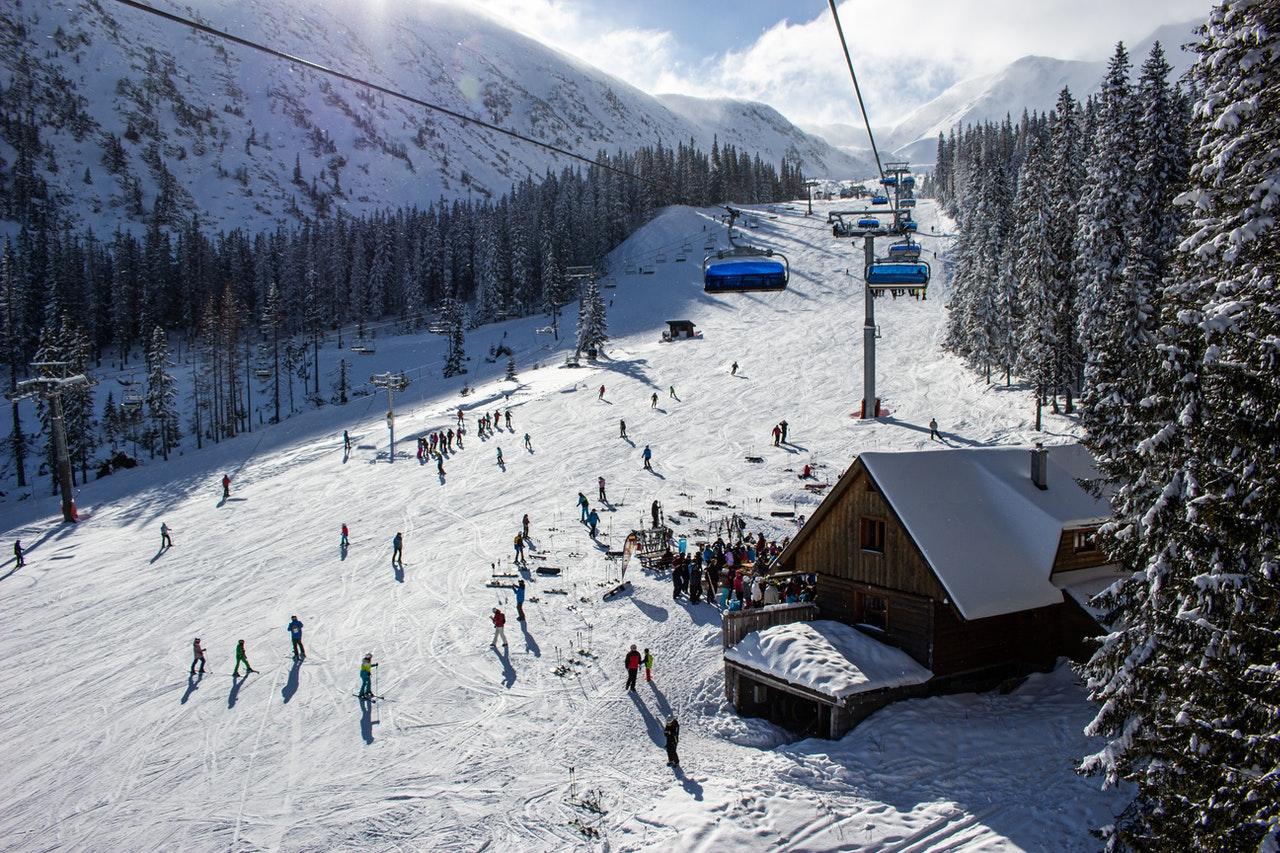 Turystyka zimowa na terenach górskich