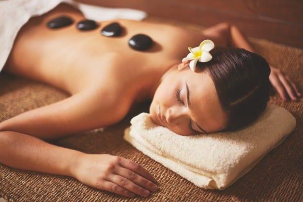 masaż kobiety