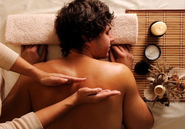 Wpływ masażu na nasze zdrowie, kondycję psychiczną i fizyczną