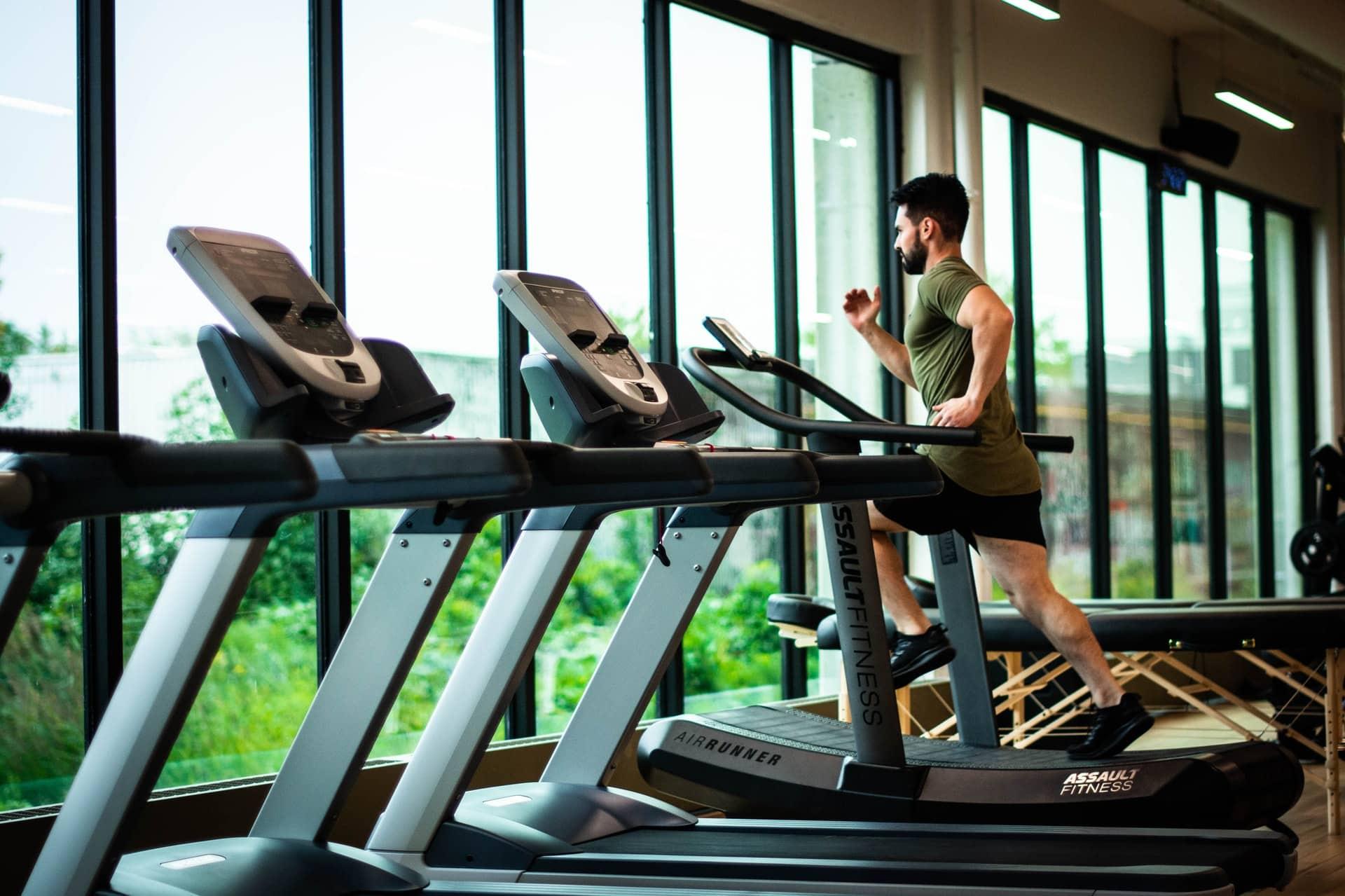W jaki sprzęt fitness warto zainwestować do domu i mieszkania?