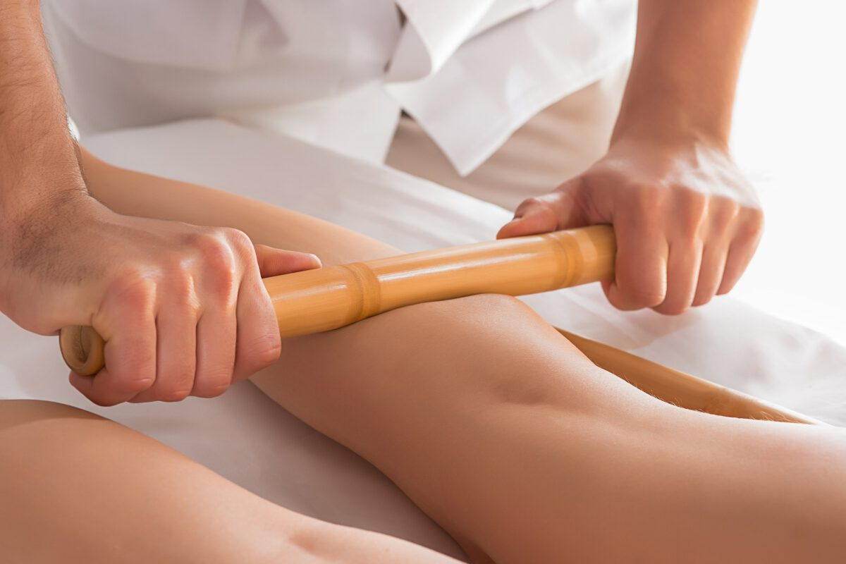 Ból łydek i pomocna fizjoterapia