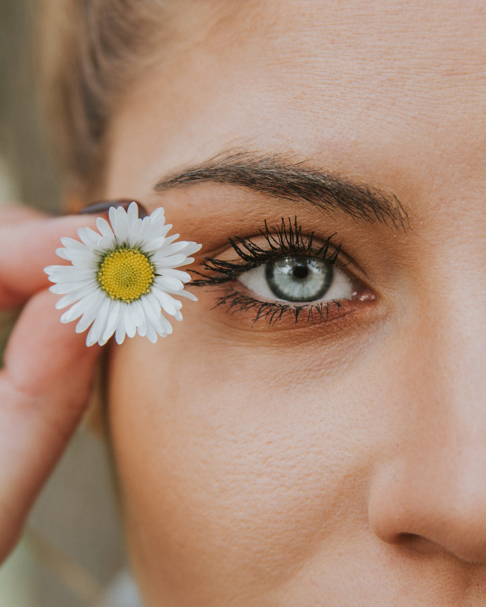 Wegańskie podkłady do twarzy – czy dają dobre krycie?