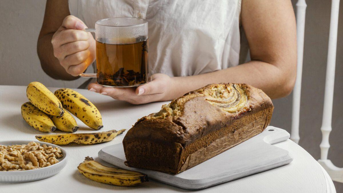 Upieczony chlebek bananowy fit