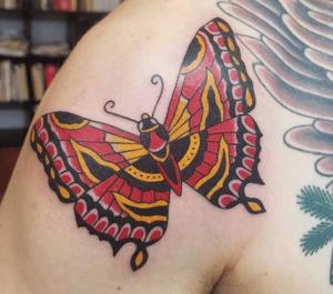 Kolorowy tatuaż motyl wzór