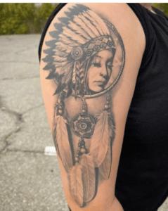 Tatuaż łapacz snów Indianin