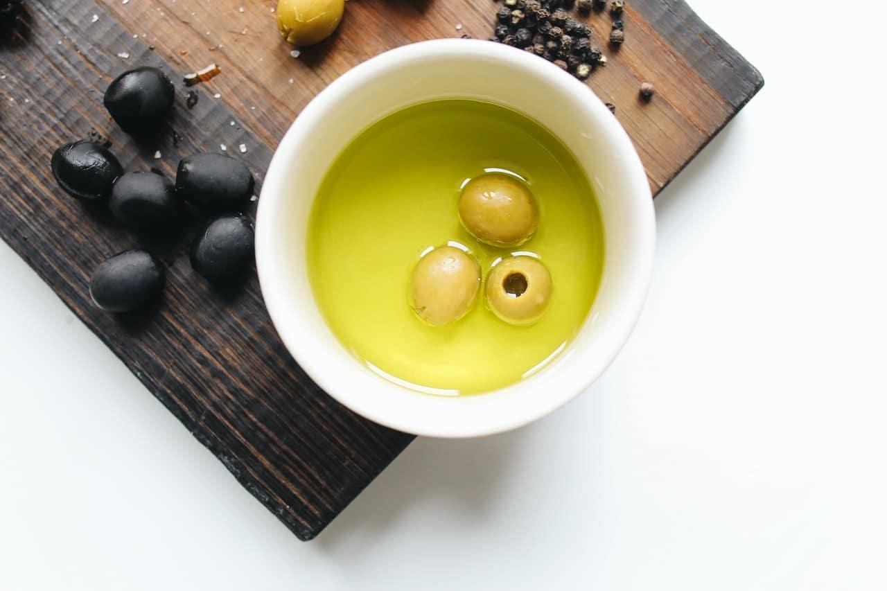 Oliwa w diecie wysokotłuszczowej