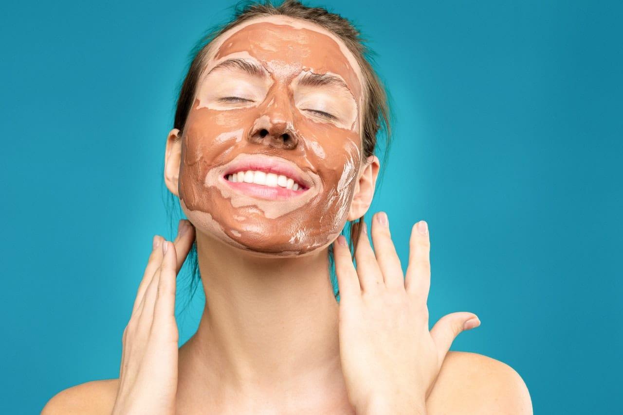 Pielęgnujące domowe maseczki na twarz – 3 sprawdzone przepisy