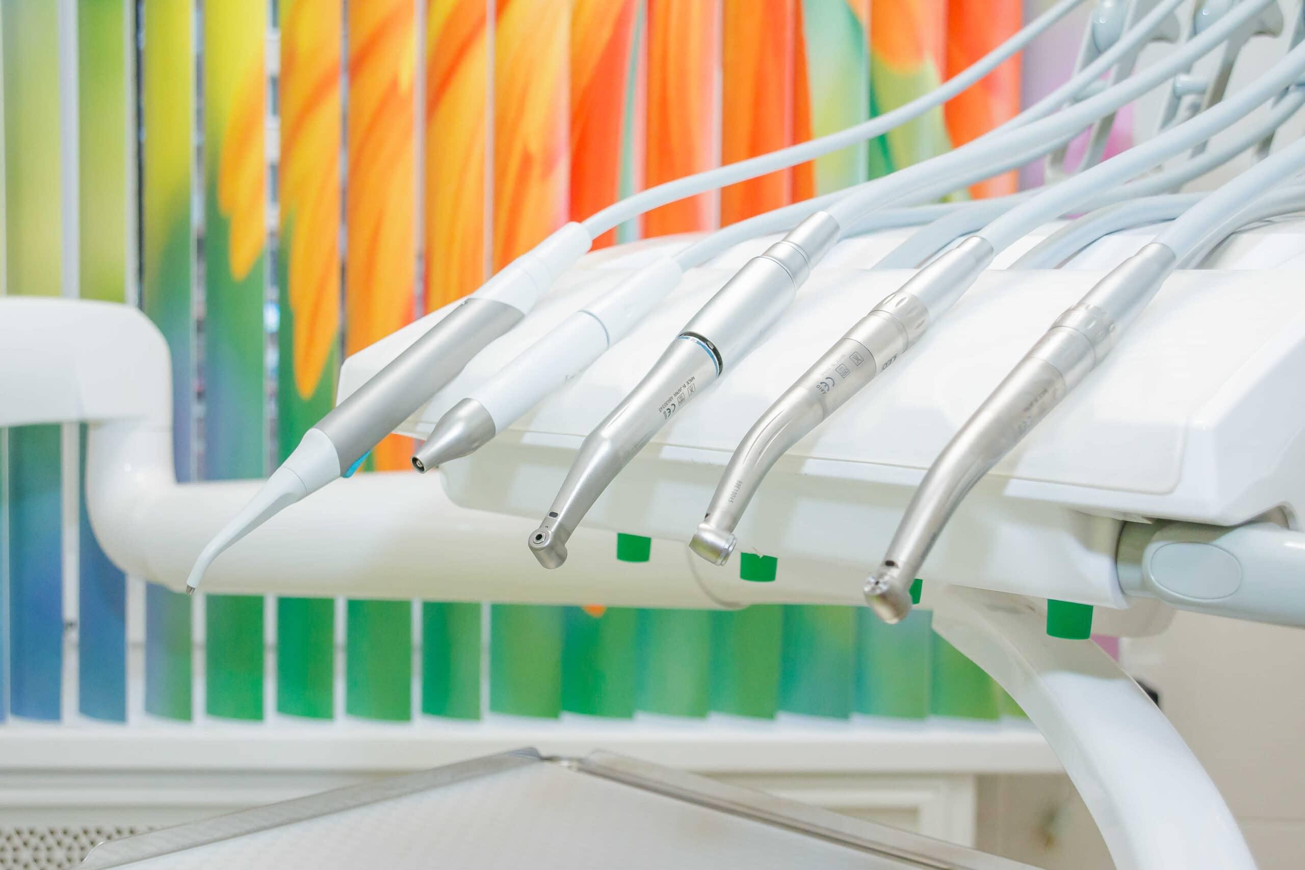 Specjalistyczne wyposażenie gabinetu stomatologicznego powinno się charakteryzować najwyższą jakością