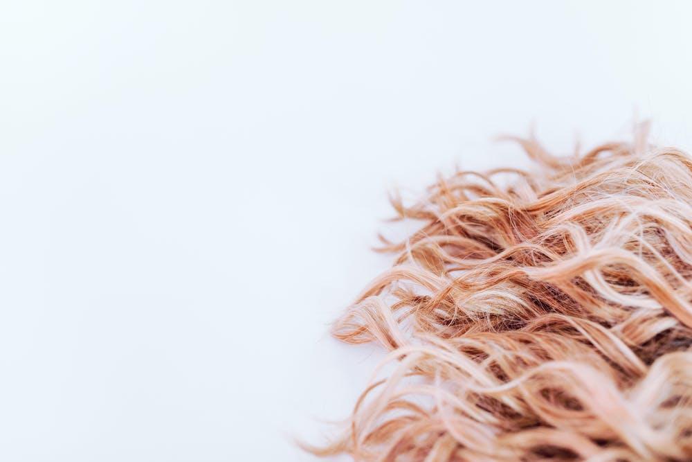 Czym jest karboksyterapia włosów i na czym polega? - wskazania do zabiegu