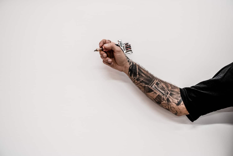 Tatuaż na kostce – jaki wzór warto wybrać?