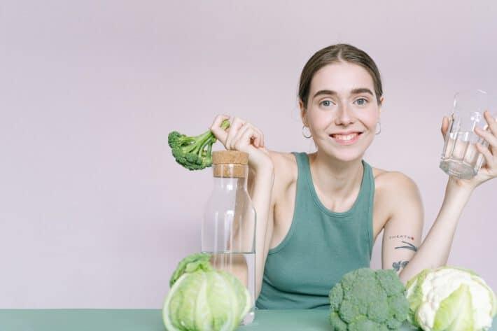 Kobieta przebywająca na diecie dr. Dąbrowskiej