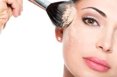 Naturalne kosmetyki do makijażu mniej obciążają skórę