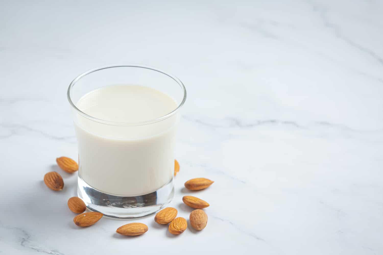 Białko roślinne – czym jest? Jakie są źródła i produkty roślinne bogate w białko?