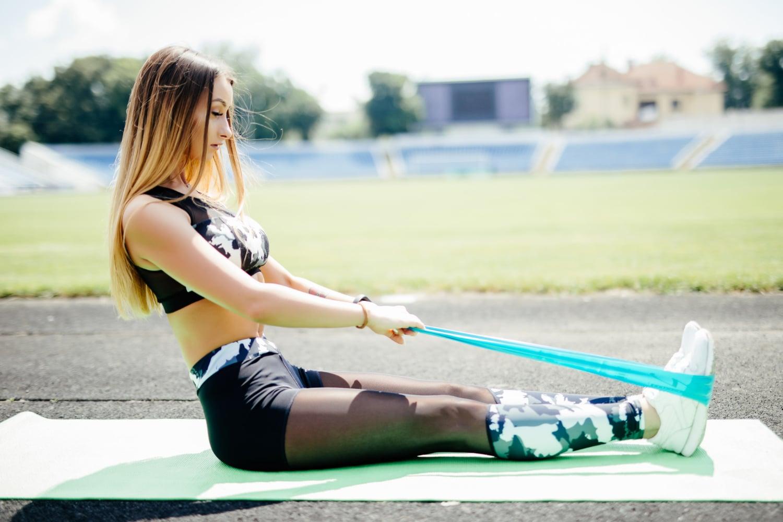 Ćwiczenia z taśmą gumową