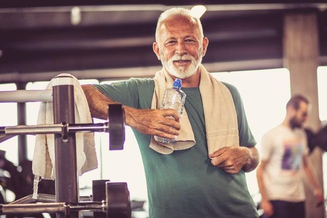 Aktywność fizyczna mężczyzn w starszym wieku – dlaczego jest ważna?