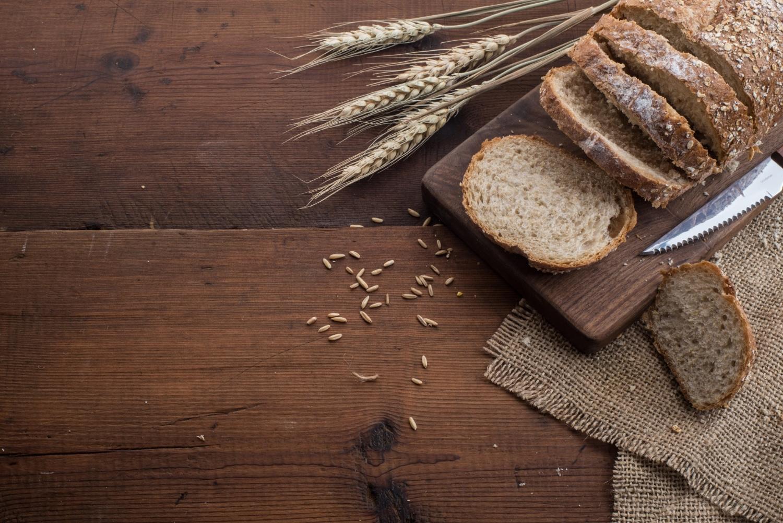 Jak upiec chleb? Poznaj pyszny przepis na chleb domowy