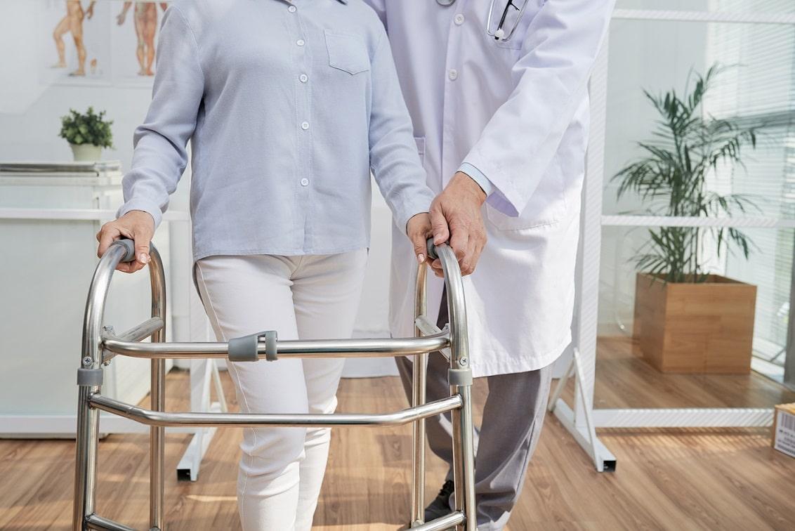 Rezonans stochastyczny stawia na nogi